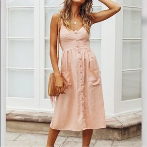 NWT Hello Molly pink midi dress with pockets